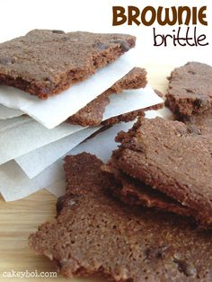 Make your own brownie brittle right at home with this copycat dessert recipe! They're crispy and incredibly chocolatey.