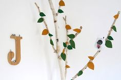 Kids room & birch tree felt leafs DIY   Kim Welling