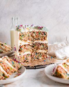 Vegan Funfetti Cake Recipe, Vegan Vanilla Cake, Vegan Cake, Vegan Desserts, Vegan Recipes, Vegan Birthday Cake, Cool Birthday Cakes, Vegan Buttercream Frosting, Yummy Treats