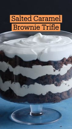 Fun Baking Recipes, Sweet Recipes, Dessert Recipes, Trifle Desserts, Cooking Recipes, Delicious Desserts, Yummy Food, Salted Caramel Brownies, Creme Dessert