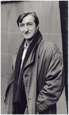 Barnes won the Man Booker Prize for his book The Sense of an Ending, and three of his earlier books had been shortlisted for the Booker Prize: Flaubert's Parrot, England, England, and Arthur & George. Julian Barnes, English Writers, Writers And Poets, People Of Interest, Playwright, Famous Faces, The Past, Celebs, Black