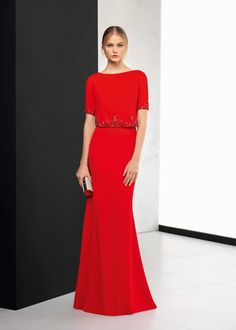 The New 2018 Collection of Evening Dresses From Rosa Clará: It's Not Only About The Bride Maroon Prom Dress, Red Frock, Mother Of Groom Dresses, Orange Dress, Beautiful Gowns, Dream Dress, Elegant Dresses, Dress Collection, Evening Dresses