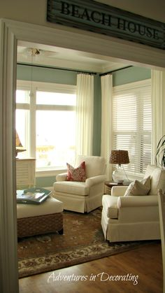 50 Most Popular Affordable Sunroom Design Ideas on a Budget 1 - Gongetech - Sarah Grooms - 50 Most Popular Affordable Sunroom Design Ideas on a Budget 1 - Gongetech 50 Most Popular Affordable Sunroom Design Ideas on a Budget 55 - My Living Room, Home And Living, Condo Living, 4 Season Room, Sunroom Decorating, Decorating Ideas, Sunroom Ideas, Decor Ideas, Porch Ideas