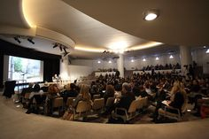 The Critical Edge of Curating by Solomon R. Guggenheim Museum, via Flickr    http://www.flickr.com/photos/guggenheim_museum/sets/72157628098317994/detail/    Nov 2011 conference