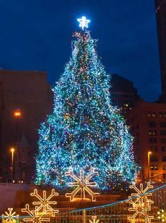 Chris Zimmer: Downtown Cleveland Christmas Holiday Lights