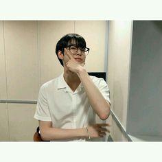 kim doyoung , He's new dentist. Nct 127, Kim Dong Young, Johnny Seo, Nct Doyoung, Wattpad, Jung Woo, Marriage Life, Fan Fiction, Taeyong