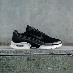 c682d536d5cd29 AN EXTRA 25% OFF SITEWIDE! These Air Max Jewell LX are now priced at