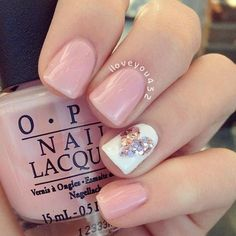 Trendy Manicure in Fall Nail Colors 2017 Inspired by Pantone ★ See more: https://naildesignsjournal.com/fall-nails-inspired-colors/ #nails