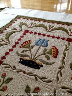 Heartland Quilt. Beautiful applique & machine quilting.