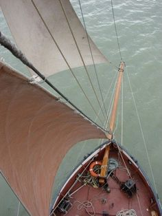 Sailing Ships, Boat, London, Dinghy, Boats, London England, Sailboat, Tall Ships, Ship