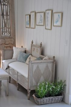 Living room Whitewashed Cottage chippy shabby chic french country rustic swedish decor idea