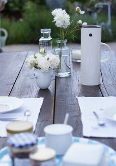 Schöner tafeln im Garten   SoLebIch.de Foto: Kosmea, #garden #wishlist