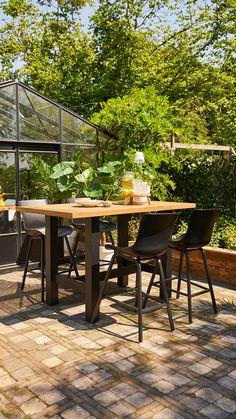 Outdoor Tables, Outdoor Decor, Wood Detail, Coffee Shop, Bar Stools, Outdoor Furniture Sets, Exterior, Patio, Garden