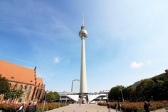 How to Spend One Day in Berlin? Museum Island, Checkpoint Charlie, East Side Gallery, Brandenburg Gate, Holocaust Memorial, Berlin Wall, New City, Berlin Germany, Cn Tower