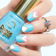Hairstyles and Beauty: The Internet`s best hairstyles, fashion and makeup pics are here. Pastel Blue Nails, Negative Space Nails, Pink Dye, Nail Art Techniques, Blue Nail Designs, Super Nails, Short Nails, Spring Nails, Nail Colors