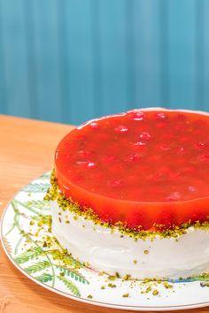 Food Food, Cupcakes, Fish, My Favorite Things, Cupcake, Cupcake Cakes, Cup Cakes, Tarts