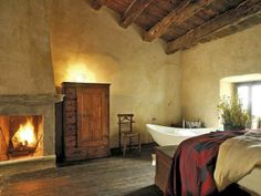 medieval bedrooms   Medieval boutique hotel in Italy   Bedrooms