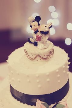 Unique Mickey And Minnie Wedding Cake Toppers With Topper