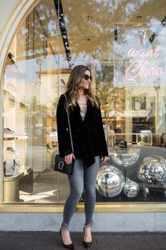 Street Style Squad | Dallas Fashion Blogger | UBER COOL VELVET SMOKING JACKET | https://www.streetstylesquad.com
