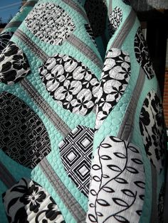 QUILT...LOVE THESE COLORS