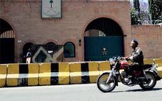 تعليق العمل بالسفارة السعودية في صنعاء وإجلاء كل العاملين http://democraticac.de/?p=9159 Suspension of the Saudi embassy in Sanaa and the evacuation of all personnel