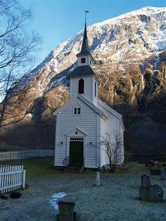 Bakka kyrkje i Gudvangen, Sogn