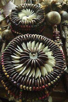 ARTEEMTER: Artesanato do Pará: Escamas de peixe e sementes de açaí, entre outras coisas.