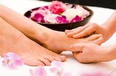 Eine Fußmassage bringt Entspannung und Gesundheit! Probiert es mal!