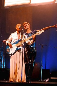 David Bowie and Gail Ann Dorsey. Outside Tour, 1995-96.