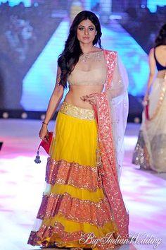 Shamita Shetty in Manish Malhotra's simple and elegant wedding lehenga