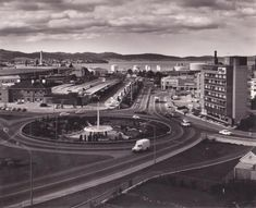 Traffic Light, Historical Architecture, Amazing Pics, Old Buildings, Tasmania, Historical Photos, Continents, Old Photos, Scenery