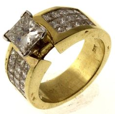 Golden Beauty 2.83ctw Princess Cut Diamond Ring 18kt Two-Tone Gold