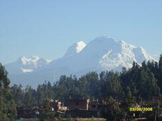 Huascaran pico nevado de 6773 mt.sobre el nivel del mar, el más alto de Perú. Ubicado en Huaraz- Ancash.
