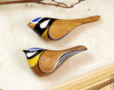 FREE SHIPPING Wood brooch  Blue tit - Bird Pin - bird brooch - bird jewelry- Wood Crafts Hanging Bird- Handmade - Gift Australian Birds