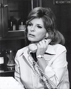 "Julie London's character ""Dixie McCall"", was modeled after real Harbor General nurse Carol Bebout. 1970s Tv Shows, Old Tv Shows, Julie London, Big Crush, General Hospital, Favorite Tv Shows, The Past, Glamour, Model"