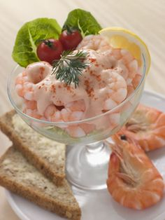 How to make a traditional prawn cocktail recipe. This authentic English prawn cocktail recipe makes a great appetizer.