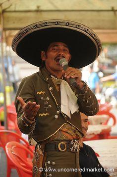 Mariachi Singer - Juayua, El Salvador | Flickr: Intercambio de fotos
