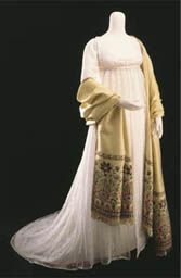 Muslin evening gown with cashmere shawl c. 1800 The Victoria and Albert Museum