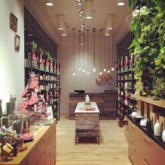 Saje ~ Connecting people to the healing power of plants. 100% natural products. Our product line has expanded to include hundreds of different essential oil products, wellness accessories, and healthy gift ideas. #SajeEssentials http://saje.ca https://instagram.com/sajewellness/ https://www.pinterest.com/sajewellness West Edmonton Mall