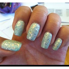 China glaze the hunger games collection: Capitol Colours 'luxe and lush' over Essie 'absolutely shore'