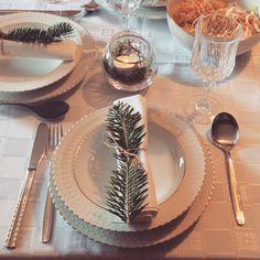 #Christmas #table #family #home