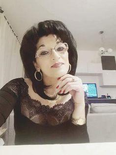 UMBRE DE LACRIMI de ANGELA MIHAI în ediţia nr. 2600 din 12 februarie 2018 Glasses, Fashion, Italia, Eyewear, Moda, Eyeglasses, Fashion Styles, Fasion
