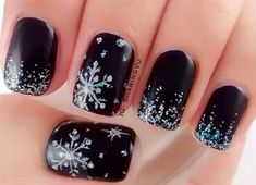 15-Winter-Black-Nail-Art-Designs-Ideas-Stickers-2016-Winter-Nails-14