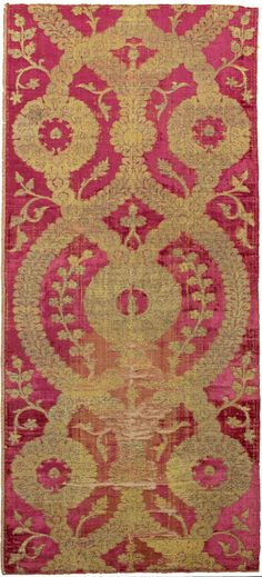 Ottoman metal thread silk Velvet , Bursa, Turkey, 16th Century. Silk ground woven with silver thread, design of two overlapping ogival latti...