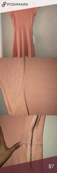 Dress Coral/baby Pink dress Worn twice Zipper is on left side of dress Size xs Low back Bar III Dresses
