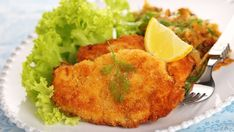 Tonkatsu my favorite! Tonkatsu, Pork Cutlets, Low Sodium Recipes, Fried Pork, Weight Watchers Meals, Greek Recipes, Healthy Cooking, Entrees, Main Dishes