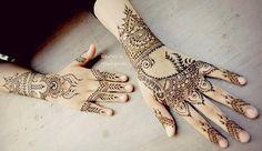 Self- taught henna artist | Kandy, Sri lanka. For Bridals, Events and bookings write to zainasmehendi@gmail.com or call 0775193909 #zainasmehndi