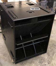 Audio Amplifier, Audio Speakers, Built In Speakers, Subwoofer Box, Dj Equipment, Speaker System, Speaker Building, Photo Wall, Wall Photos
