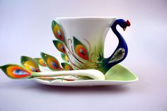 this is a really unique and beautiful tea cup!