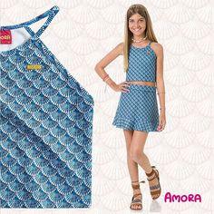 """{ N E W S / N E W S /N E W S /N E W S /N E W S } Vai ter decote Halter sim e se amar vai ter um de cada cor! Detalhe do conjunto """"sereismos"""" na cor azul que você encontra aqui . :-) :-) :-) #MalhaMagia #Amora #MeninaFashion #FashionistaMirim #ModaTeen #tennager #loyola #CSA #estabh"""
